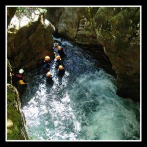 belle piscine dans le canyon de Saugué