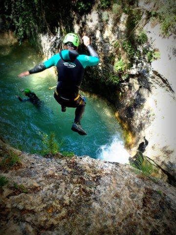 Saut en canyoning sierra de guara