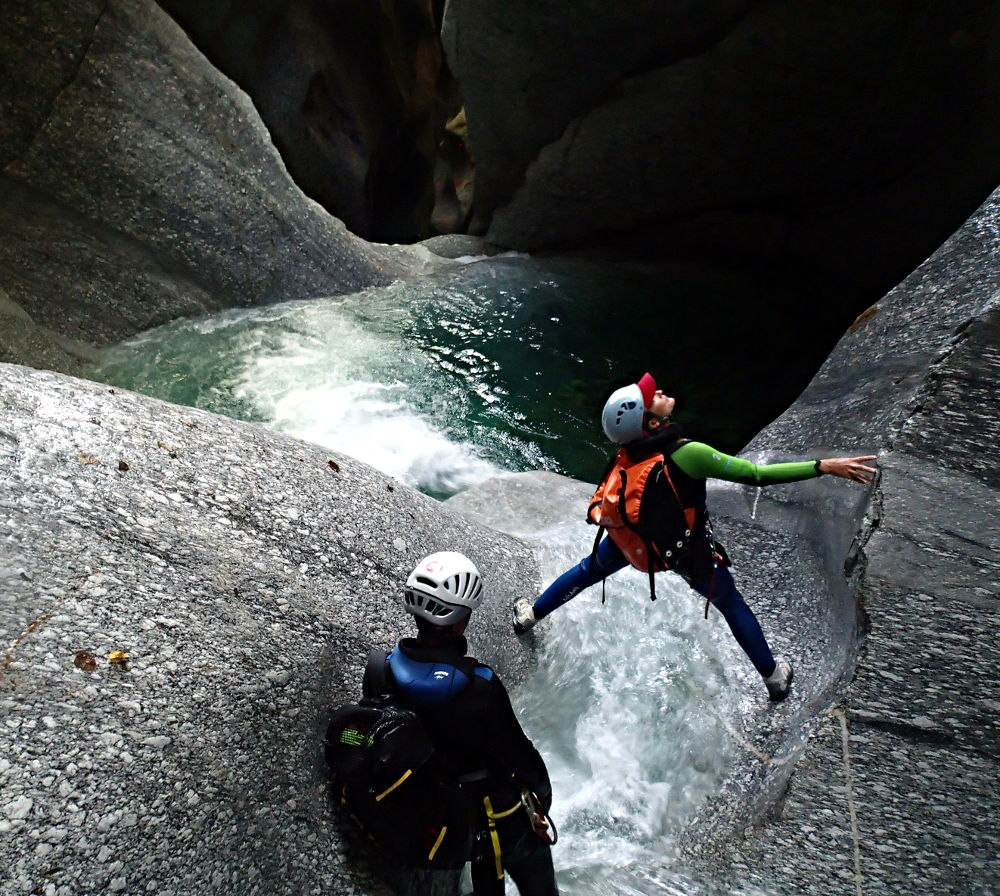 Canyoning en suisse