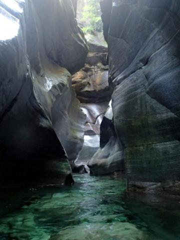 piscines de Lodrino