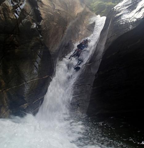 toboggan dans le canyon de lodrino