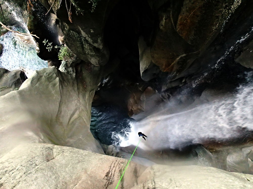 Canyoning dans le Tessin Suisse